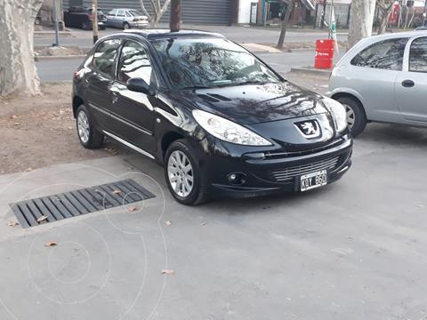 Peugeot 207 Compact 1.6 XT 5P usado (2011) color Negro precio $730.000