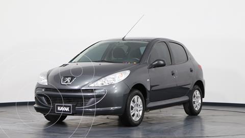 Peugeot 207 Compact 1.4 Active 5P usado (2013) color Plata precio $800.000