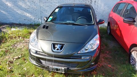 Peugeot 207 Compact 1.4 Active 4P usado (2011) color Verde Oscuro precio $715.000