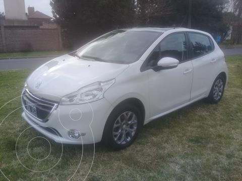 Peugeot 208 Allure 1.6  usado (2013) color Blanco precio $1.250.000