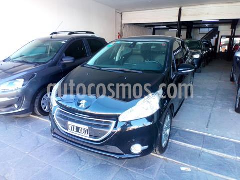 foto Peugeot 208 Feline 1.6 Pack Cuir usado (2014) color Negro precio $590.000