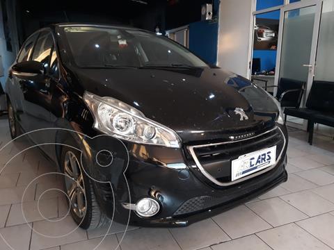 Peugeot 208 Allure 1.6  usado (2015) color Negro Perla precio $1.350.000