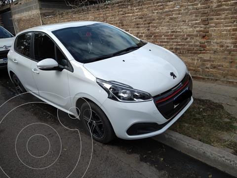 Peugeot 208 Active 1.6 usado (2019) color Blanco precio $1.450.000