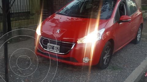 Peugeot 208 Allure 1.5 Full  usado (2014) color Rojo Aden precio $1.100.000