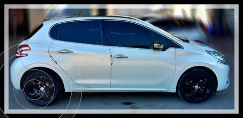 Peugeot 208 Feline 1.6 Pack Cuir usado (2016) color Blanco precio $1.510.000