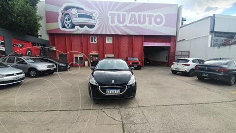 Peugeot 208 Allure 1.5 NAV usado (2016) color Negro precio $1.090.000