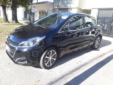Peugeot 208 Feline 1.6 usado (2018) color Negro Perla precio $2.100.000