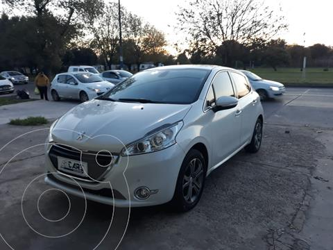 Peugeot 208 Feline 1.6  usado (2014) color Blanco Nacre financiado en cuotas(anticipo $900.000)