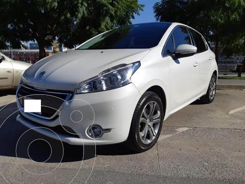 Peugeot 208 Feline 1.6 Pack Cuir usado (2016) color Blanco Nacre precio u$s10.000