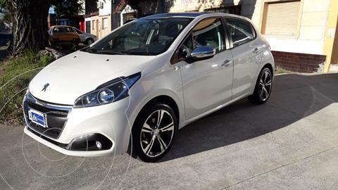 Peugeot 208 Urban Tech 1.6 Edicion Limitada usado (2019) color Blanco Banquise precio $1.950.000