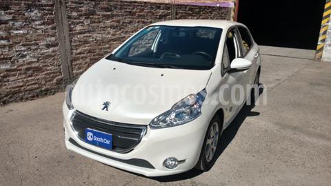 Peugeot 208 Allure 1.6 Aut NAV usado (2014) color Blanco precio $1.150.000