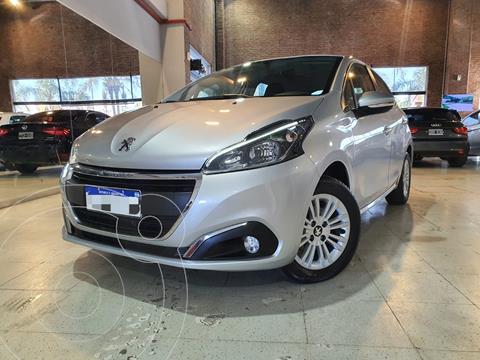Peugeot 208 Allure 1.6 usado (2019) color Gris financiado en cuotas(anticipo $975.000)