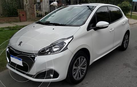 Peugeot 208 Feline 1.6 usado (2019) color Blanco Banquise precio $1.950.000