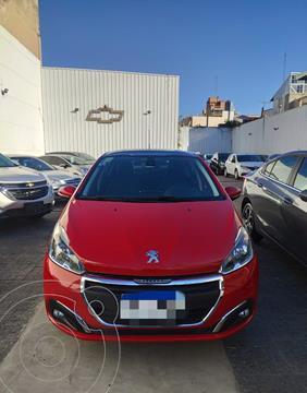Peugeot 208 Feline 1.6 usado (2017) color Rojo Rubi precio $1.599.900