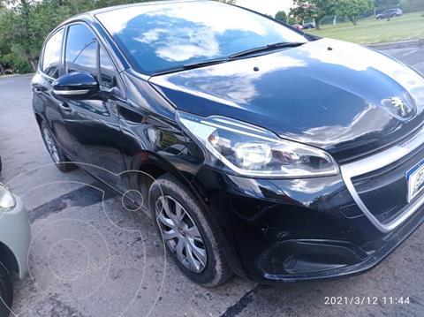 Peugeot 208 Active 1.5 usado (2017) color Negro Perla precio $1.289.000