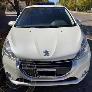 Peugeot 208 Allure 1.5 Full  usado (2014) color Blanco Nacre precio $1.280.000
