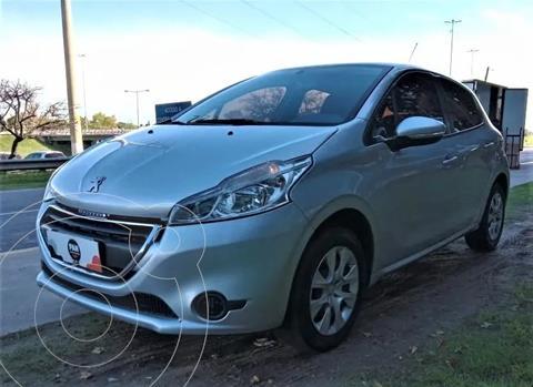 Peugeot 208 1.5 N 8v Active usado (2015) color Gris precio $1.100.000