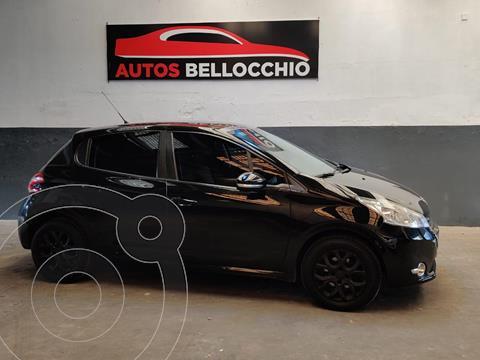 Peugeot 208 Allure 1.6  usado (2014) color Negro Perla precio $980.000
