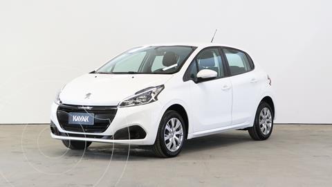 Peugeot 208 Active 1.6 usado (2019) color Blanco precio $1.740.000