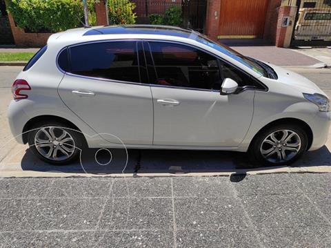 Peugeot 208 Feline 1.6  usado (2014) color Blanco Nacre precio $1.075.000