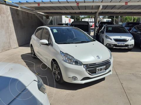 Peugeot 208 Feline 1.6  usado (2013) color Blanco precio $1.090.000