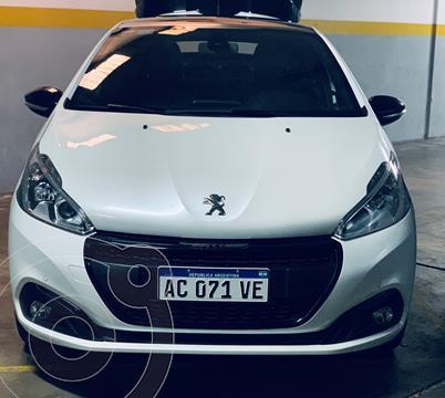 Peugeot 208 GT 1.6 THP usado (2017) color Blanco Nacre precio $1.850.000