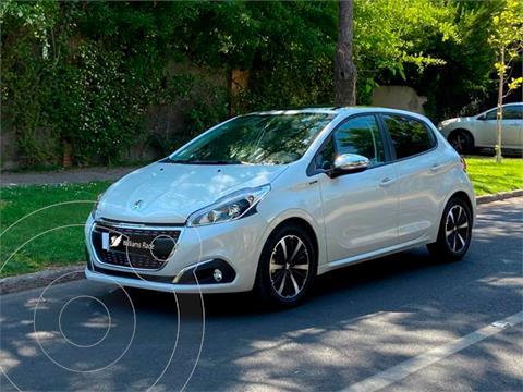 Peugeot 208 1.5L 5P Signature BlueHDi 100HP usado (2021) color Blanco precio $15.290.000