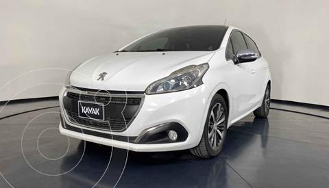 Peugeot 208 1.6L Allure usado (2017) color Blanco precio $167,999