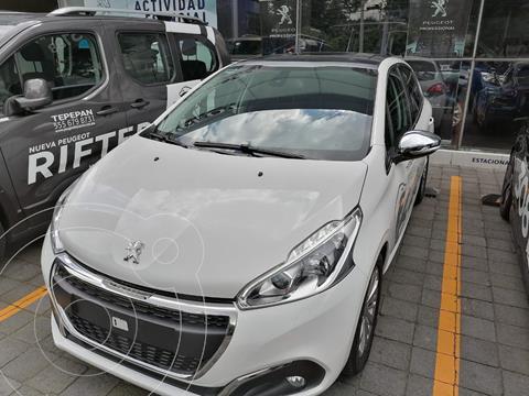 Peugeot 208 1.2L Allure PureTech usado (2021) color Blanco precio $323,900
