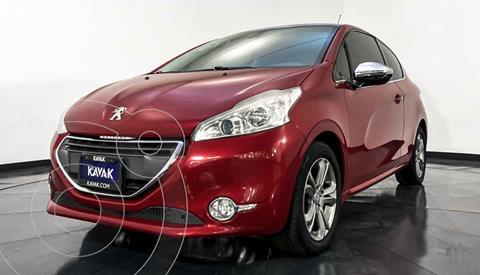 Peugeot 208 1.6L Feline usado (2014) color Rojo precio $164,999