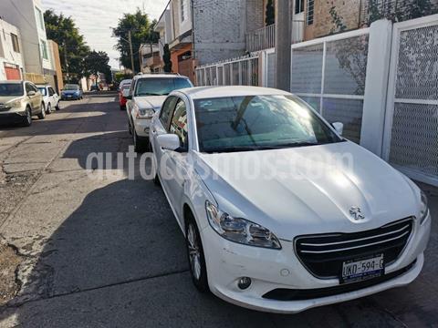 Peugeot 301 Active Aut usado (2016) color Blanco precio $115,000