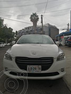 Peugeot 301 1.6L Active usado (2015) color Blanco Banquise precio $125,000