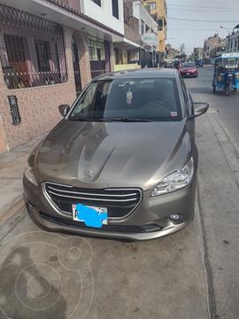 Peugeot 301 1.6 Active Aut usado (2015) color Gris Aluminium precio $9,000