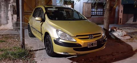 Peugeot 307 4P 2.0 HDi XT Premium usado (2002) color Amarillo precio $550.000