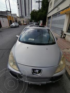 Peugeot 307 4P XS Pack Aut usado (2007) color Plata precio $50,000