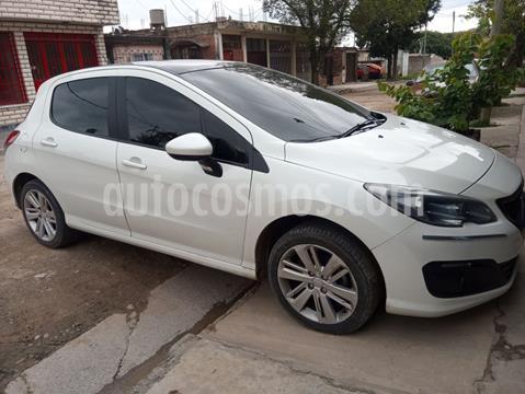 Peugeot 308 Allure Plus usado (2017) color Blanco Banquise precio $1.150.000