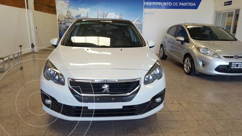 Peugeot 308 Allure NAV usado (2016) color Blanco Banquise financiado en cuotas(anticipo $725.000)