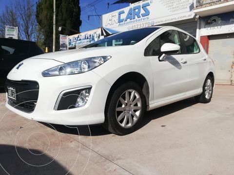 Peugeot 308 Active usado (2014) color Blanco financiado en cuotas(anticipo $550.000)