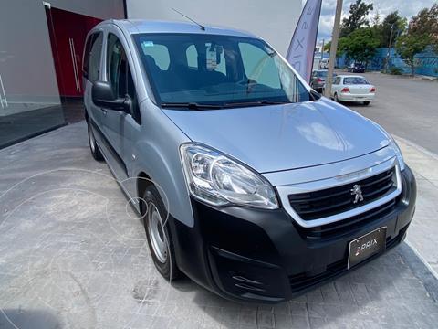 Peugeot Partner Tepee 5 pas. usado (2019) color Plata precio $240,000