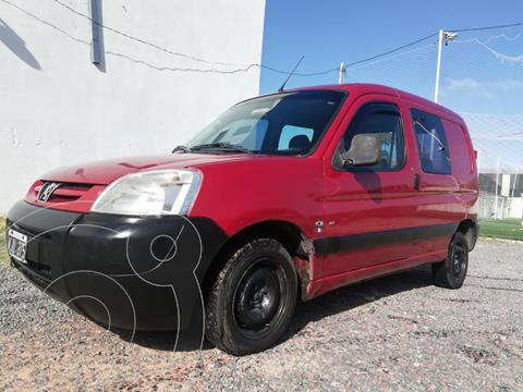 Peugeot Partner Furgon Confort HDi usado (2011) color Rojo Lucifer financiado en cuotas(anticipo $380.000)