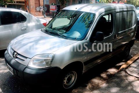 foto Peugeot Partner Furgón Confort 1.4 usado (2012) color Gris precio $735.000