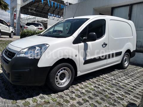 Peugeot Partner MAXI 5P 1.6HDI 90HP MAN 5VEL usado (2018) color Blanco precio $205,000