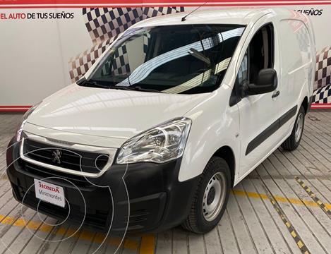Peugeot Partner HDi Maxi usado (2017) color Blanco financiado en mensualidades(enganche $120,000 mensualidades desde $2,960)