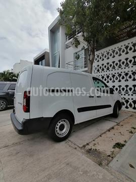 foto Peugeot Partner Maxi usado (2019) color Blanco precio $225,000