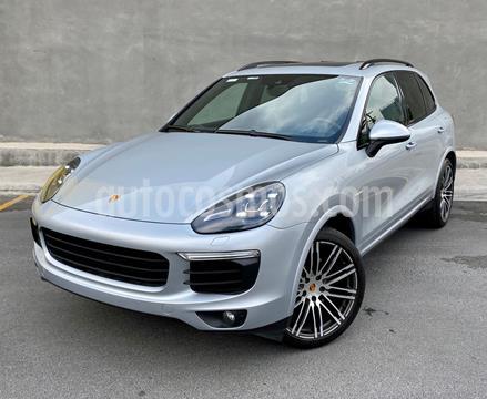 Porsche Cayenne S Hybrid 3.0L usado (2016) color Plata Dorado precio $850,000