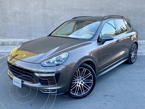 Porsche Cayenne GTS usado (2016) color Cafe precio $880,000