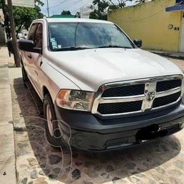 RAM 1500 SLT 1500 Crew Cab Trabajo 3.6L Aut 8 vel 4x2 usado (2018) color Blanco precio $360,000