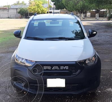 RAM 700 SLT Regular Cab usado (2021) color Blanco precio $245,000