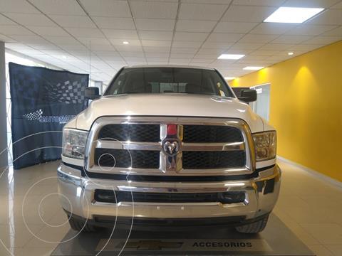 RAM RAM SLT 2500 Crew Cab Trabajo 5.7L Aut 6 vel 4x2 usado (2016) color Blanco precio $375,000