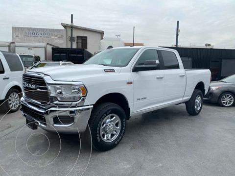 RAM 1500 R/T Crew Cab 2500 5.7L 4x4 usado (2019) color Blanco precio $810,800